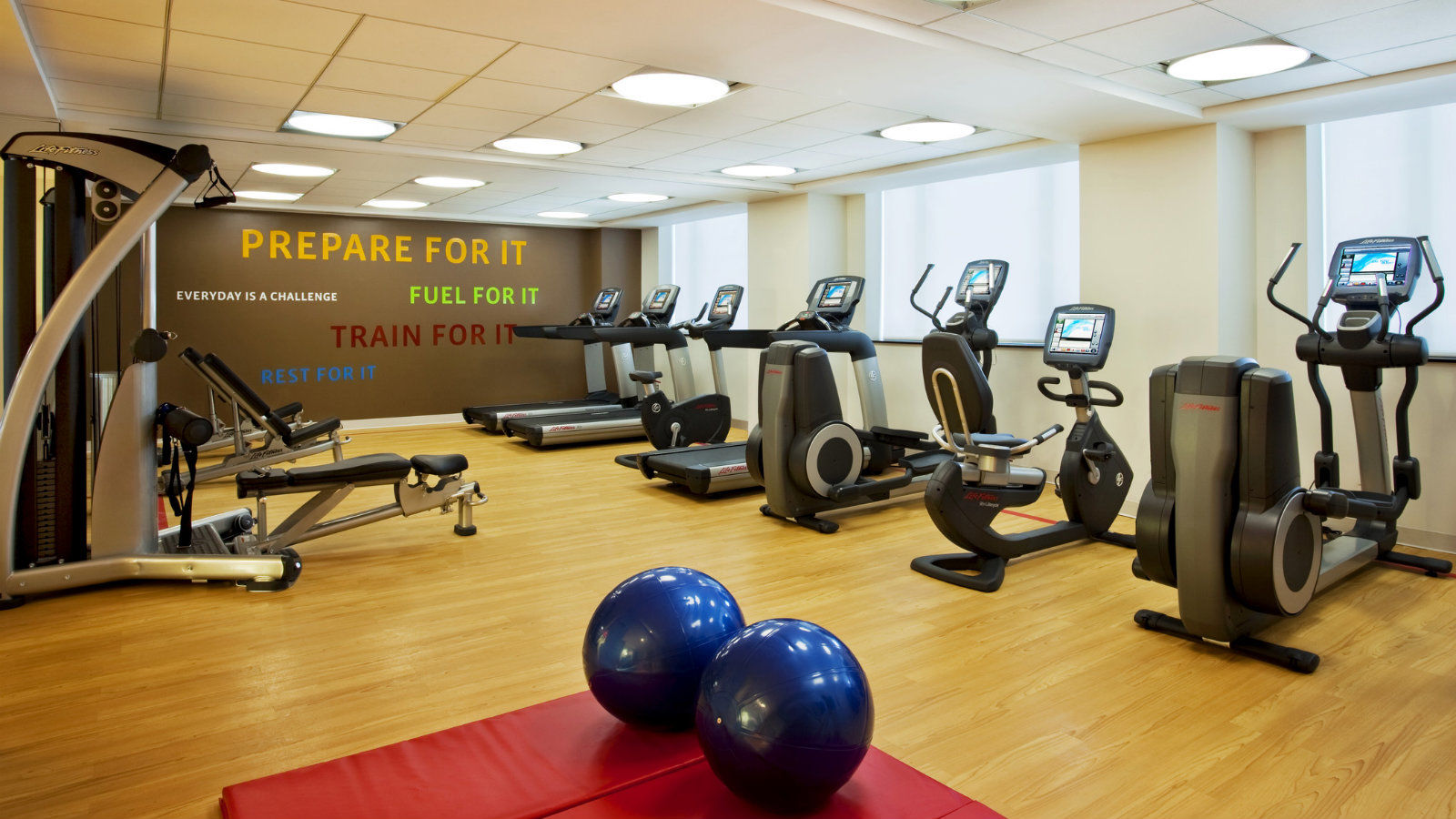 Brooklyn Hotel Features - Sheraton Brooklyn Hotel Fitness Center